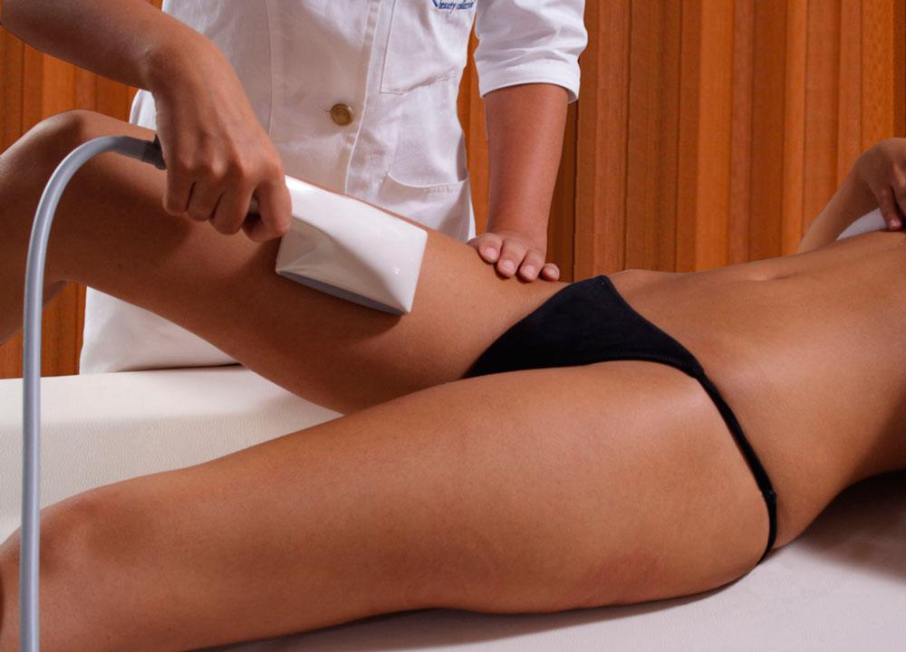 фото роликовый массаж на бедрах